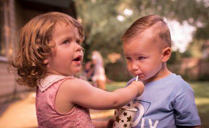 La importancia de enseñar a los niños a ser generosos
