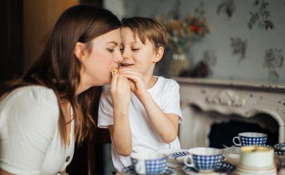 consecuencias-de-obligar-a-los-niños-a-comer-aserrin-aserran-mx